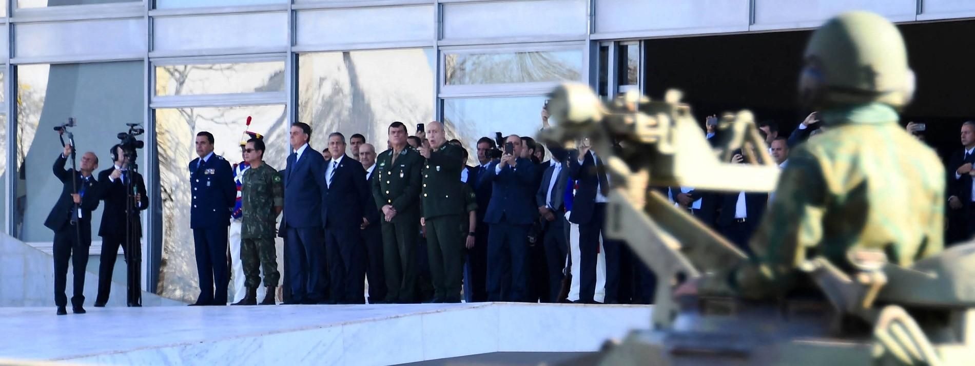 Wenn Bolsonaro Panzer auffahren lässt