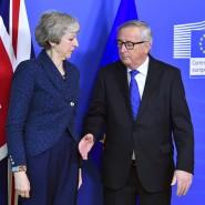 May und Juncker bei ihrem letzten Treffen Anfang Februar in Brüssel