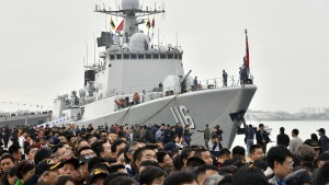 Chinas Marine präsentiert sich