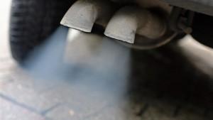 Autobranche bietet Millionen für sauberere Luft