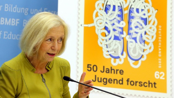 Bildungsministerin Wanka will neues Schulfach Alltagswissen