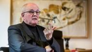 """""""In unserer Demokratie geht es gerade um sehr viel"""": Volker Kauder"""