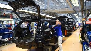 Wirtschaftsministerium warnt vor schrumpfenden Löhnen