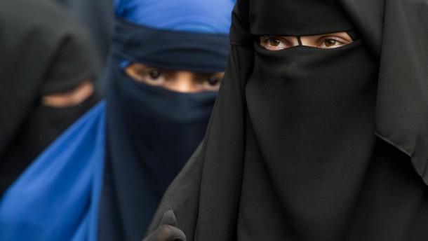 Burka-Bankräuber und fundamentalistischer Unfug