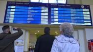 Sturm legt Bahnverkehr lahm