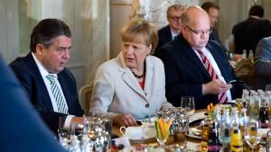 Merkel: Sind Tarifeinheits-Gesetzentwurf näher bekommen