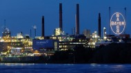 """Der """"Chempark"""", der Hauptsitz der Bayer AG in Leverkusen"""