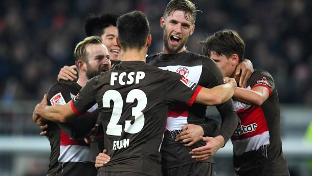 St. Pauli geht mit Heimsieg in die Winterpause