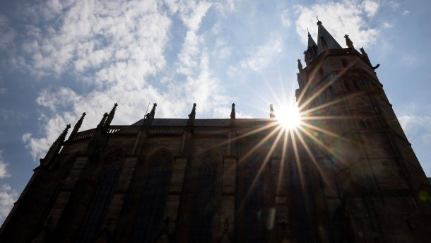 Katholische Bischöfe kritisieren Gottesdienstverbot
