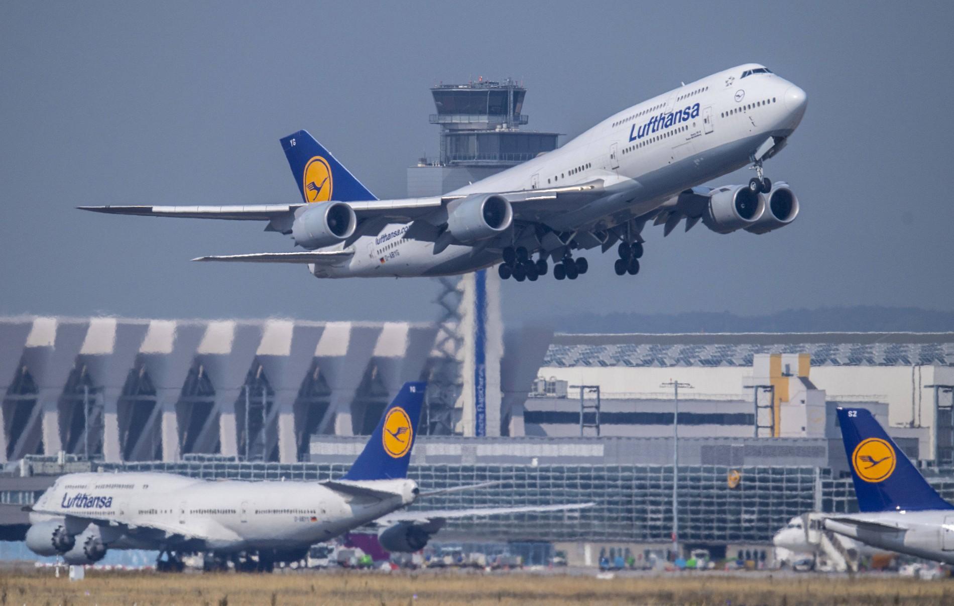Regierungszögern de facto kriminell und erpresserisch  Mit den jährlichen Migrantenkosten wäre Lufthansa fünfmal zu retten!