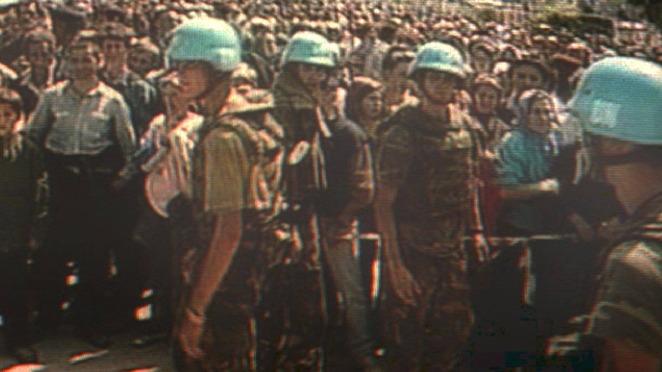 Niederländische Blauhelme am 11. Juli 1995 bei Srebrenica – an dem Tag, an dem das größte Massaker des Bosnien-Krieges begann