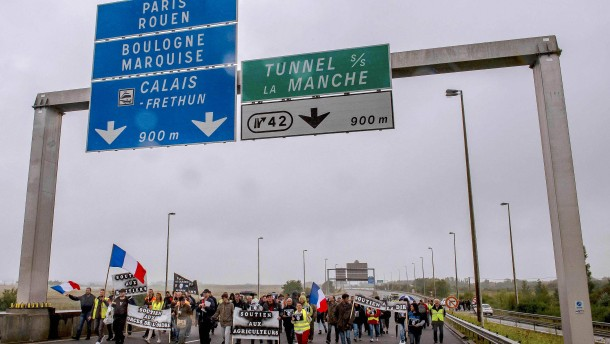 Großbritannien baut Mauer gegen Flüchtlinge