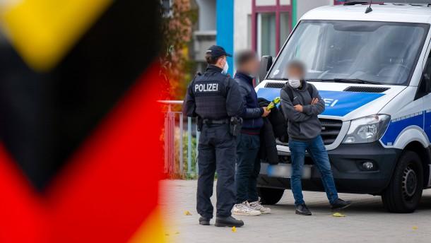 Polizei stoppt Aktion Rechtsextremer an Grenze zu Polen
