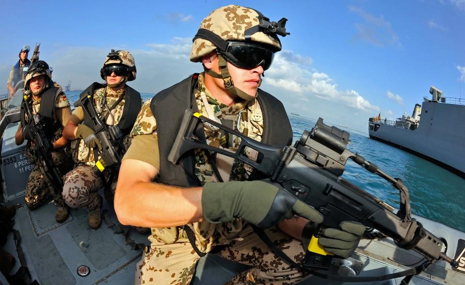 Piratenjäger auf Schnellbooten: Deutsche Marine-Soldaten in Dschibuti im Dezember 2008