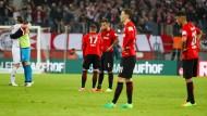 Ratlos: Die Frankfurter Eintracht nach der Niederlage beim 1. FC Köln.