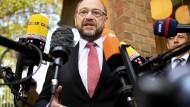 Nachdenklich: Martin Schulz am Sonntag nach seiner Stimmabgabe in Würselen.