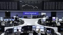 Auf Indizes basierende Fonds sind beliebt: Blick in den Handelssaal der Frankfurter Börse.