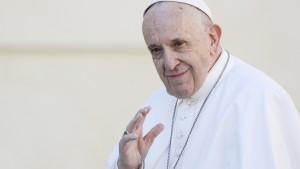 Papst nennt Homosexualität Modeerscheinung