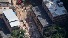 Wohnhäuser bei Rio eingestürzt