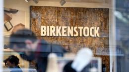 Mehr Zins in Birkenstock-Sandalen