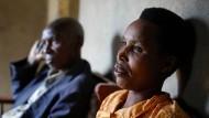 """""""Reconciliation Village"""": In diesem ruandischen Dorf wohnen Angehörige beider Stämme 25 Jahre nach dem Genozid friedlich zusammen."""