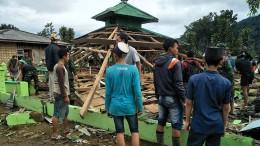 Erdbeben erschüttert Java