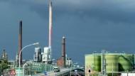 Industriestadt Frankfurt: Im Industriepark Höchst finden Unternehmen noch Platz, aber reicht das an Gewerbeflächen?