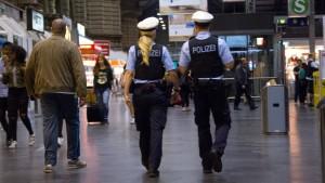 Großeinsätze für neue Polizisten