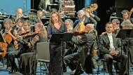 """Jana Sibera singt in der Prager Staatsoper die Titelpartie der Femme fatale in Zemlinskys Opernfragment """"Malva""""."""