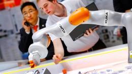 Regierung will deutsche Unternehmen vor Ausländern schützen