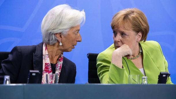 Merkel sucht Schulterschluss mit internationalen Organisationen