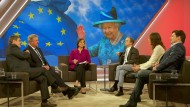 Sandra Maischberger diskutiert mit ihren Gästen einen möglichen Ausstieg der Briten aus der Europäischen Union.