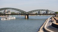 Kölner Rheinufer wird geöffnet