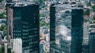 Der neue Chef will in der Deutschen Bank aufräumen