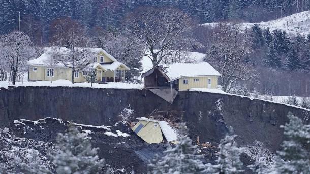 Mindestens ein Todesopfer nach Erdrutsch in Norwegen
