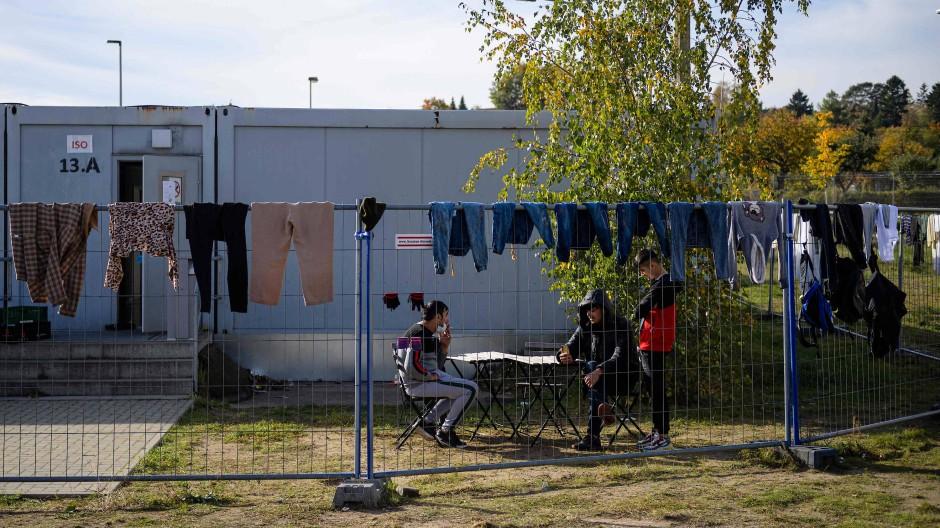 Bewohner der Erstaufnahmeeinrichtung im brandenburgischen Eisenhüttenstadt am 25. Oktober