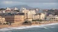 """""""Wenn man den Ozean hat, braucht man Paris nicht zu kopieren"""": Die Strandpromenade von Biarritz wird während des G-7-Gipfels hermetisch abgeriegelt."""