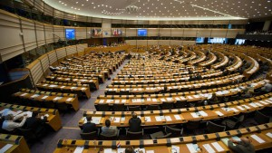 Konservative stärkste Kraft im EU-Parlament