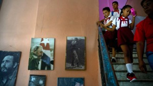 Kubas Rolle rückwärts
