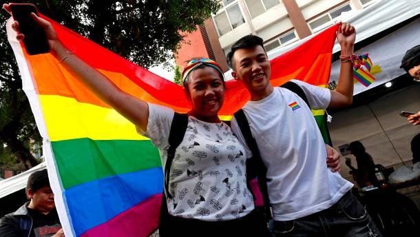 Taiwan erlaubt Ehe für alle