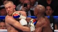 Mayweather besiegt McGregor durch technischen K.o.