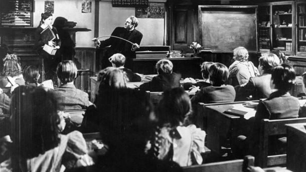 Der Pädagoge als Erzieher
