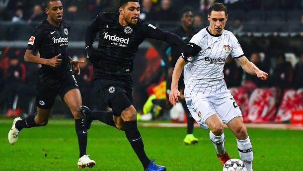 Eintracht Frankfurt gibt sich offensiv