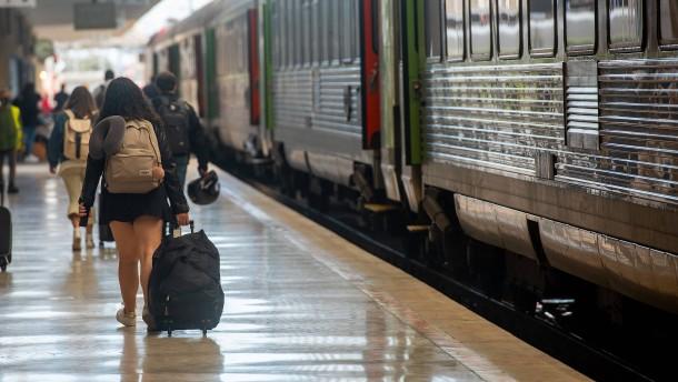 Touristen verlassen Portugal fluchtartig