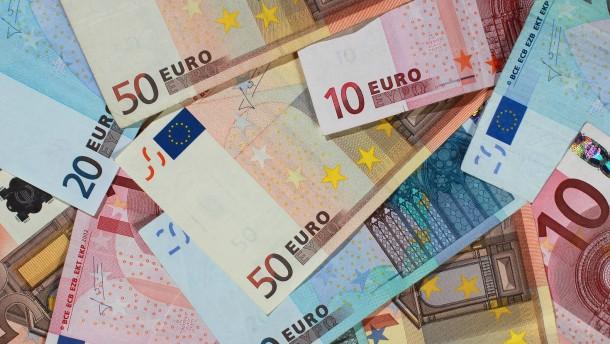 Zinstief kostet deutsche Sparer Milliarden