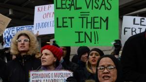 Weltweite Empörung über Einreisestopp für Muslime