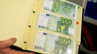 Selbst die 300-Euro-Note findet Abnehmer