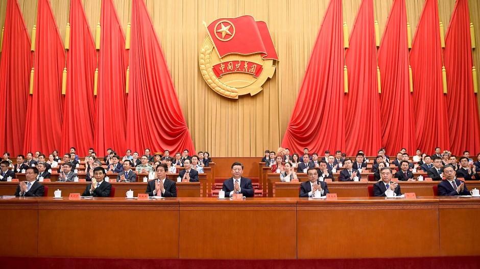 Der starke Mann sitzt in der Mitte: Xi Jinping, Staatspräsident der Volksrepublik China