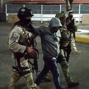 """Ein Handout des Staatsanwalts soll die Festnahme des Kartellchefs """"El Marro"""" zeigen."""