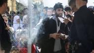 Ohne gültige Dokumente geht an den europäischen Außengrenzen nichts mehr. Ein Flüchtling aus Syrien